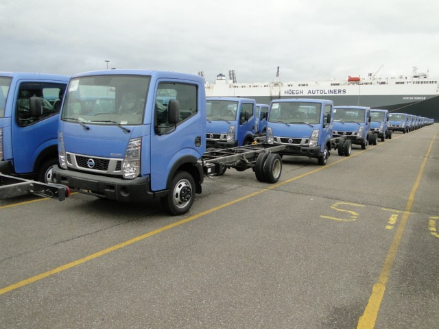 150 units Nissan cab star single cab long chassis