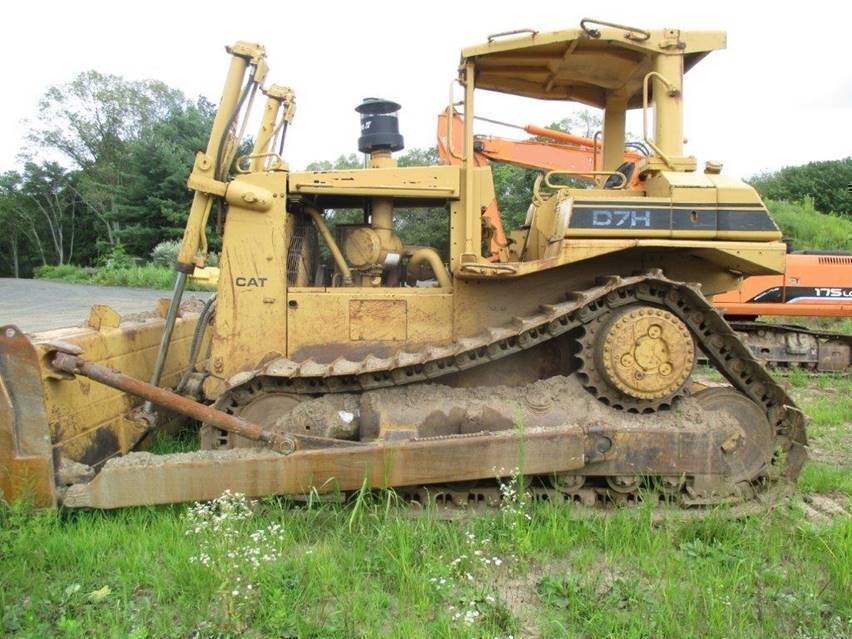 1986 CAT D7H with 8200 hours