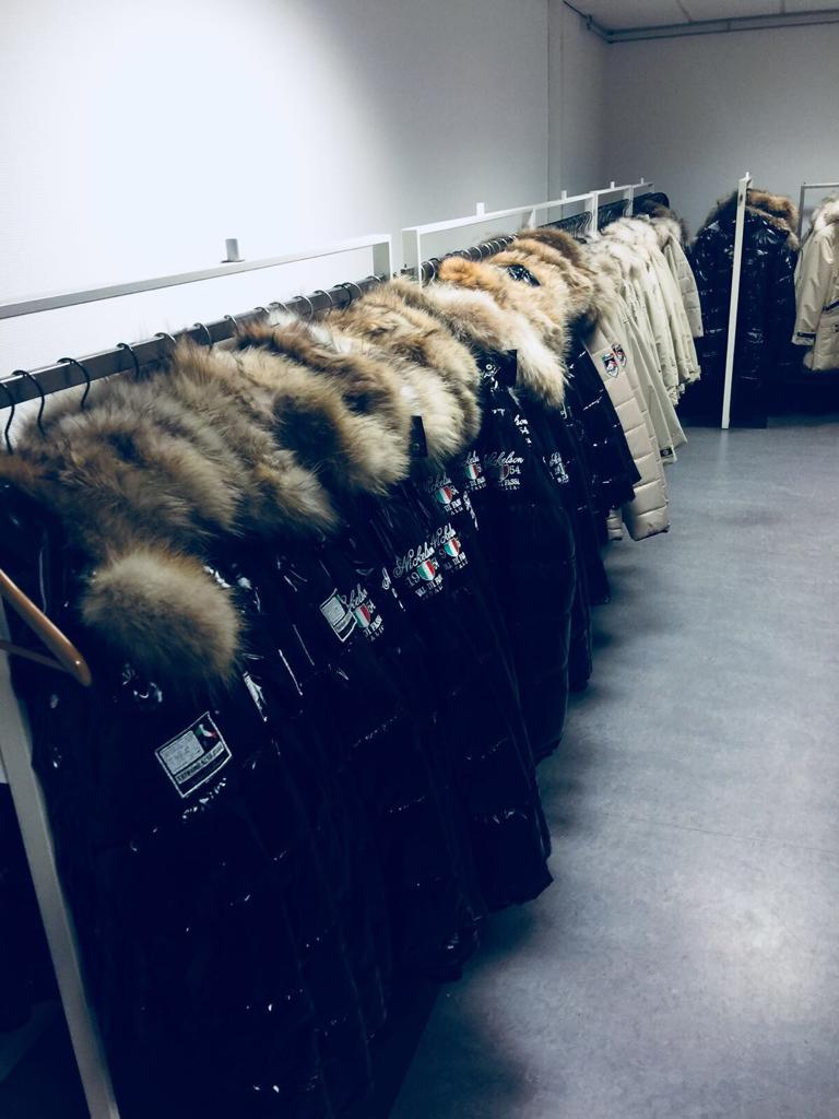 9400 NICKELSON DOWN JACKETS EUROPE NOV 14 18