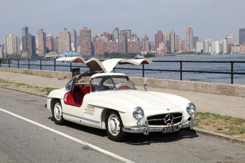 Gorgeous 1955 Mercedes-Benz 300SL Gullwing