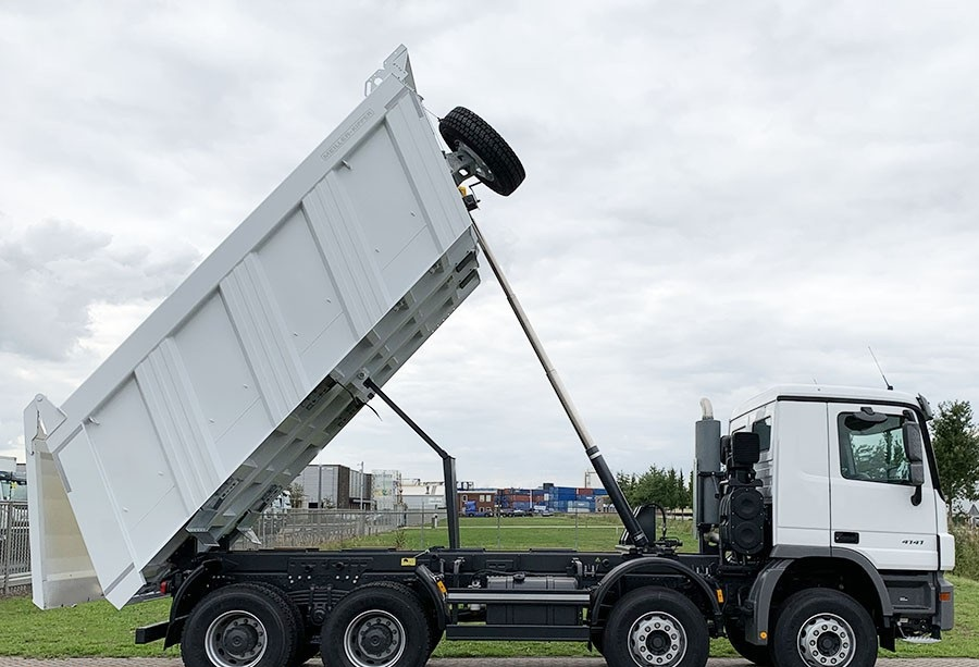 8x4 Meiller Tipper 20 m3 - 2019 NEW Directly available Unit Price: € 107.000,- FOB port Holland