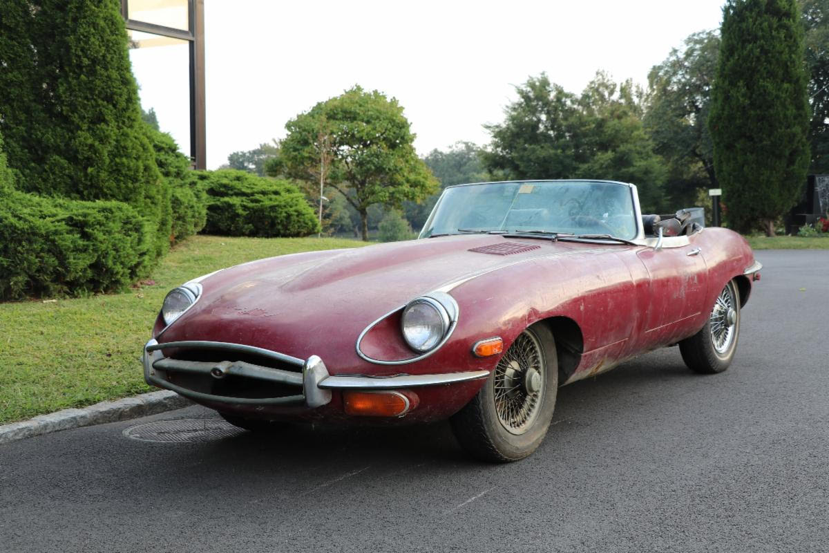 Friday Special: 1969 Jaguar XKE Series II Roadster