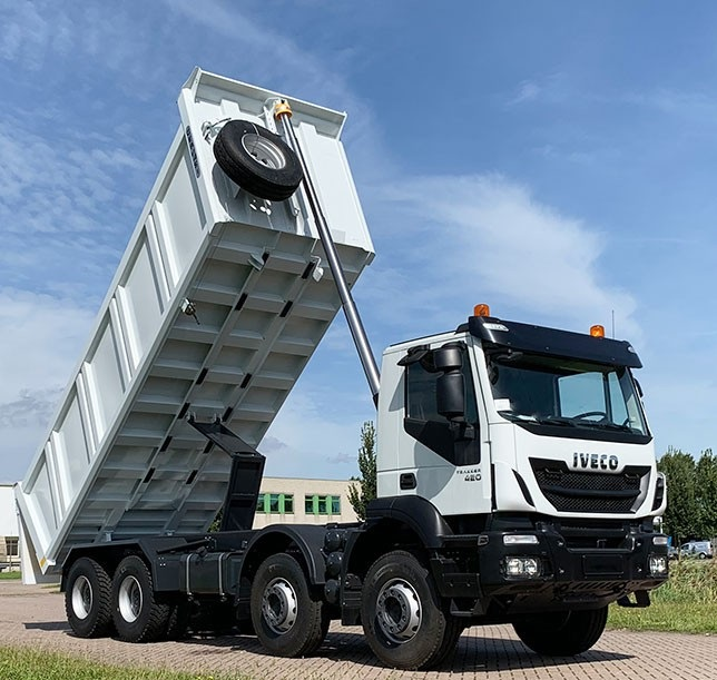 10 Units Iveco Trakker AD410T42H 8x4 Gervasi Tipper 22 m3 - NEW Directly available Unit Price: € 109.950,-