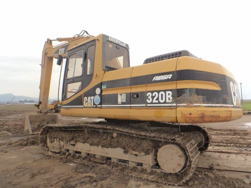 320B 3MR04041 10,678hrs, 1998Yr ONLY Slope Bucket, 600mmT/G shoe,